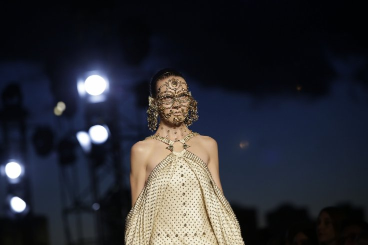 A model presents a creation from the Givenchy Spring/Summer 2016 collection during New York Fashion Week on 11 September 2015 in New York (Joshua LOTT/AFP/Getty Images)