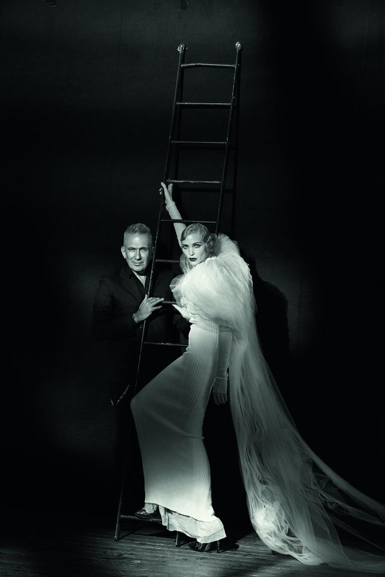 Peter Lindbergh Jean Paul Gaultier & Nadja Auermann, Paris, 2015. © Studio Peter Lindbergh, Paris / Gagosian Gallery Kollektion Vampires, Herbst 2014