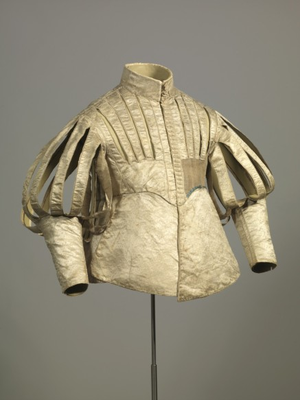 Doublet with slits, about 1630, Silk, atlas weave, white, Germanisches Nationalmuseum, Nürnberg (Ger)