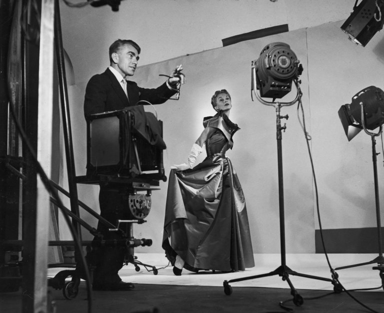 Horst directing fashion shoot with Lisa Fonssagrives, 1949. Photo by Roy Stevens /Time & Life Pictures / Getty Images