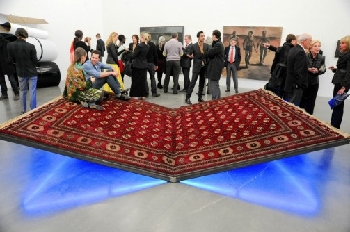 Slavs and Tatars, PrayWay, 2012, 50 x 390 x 280 cm. © the artist Courtesy the artist and Kraupa-Tuskany Zeidler, Berlin Photo: Benoit Pailley