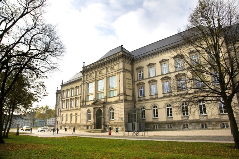 Museum für Kunst und Gewerbe, Außenansicht, Foto: Marcelo Hernandez