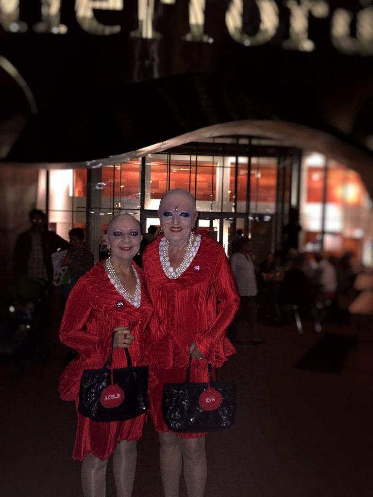 Eva & Adele, in front of Marta Herford in 2015.