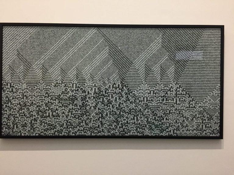 Troika Calculating the Universe 2014 36.325 schwarze und weiße Würfel 133 x 267 cm Troika, London Foto: Troika, London © Courtesy of OMR Gallery and the artist