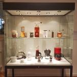 Ausstellungsansicht, Vitirine, Kaffee