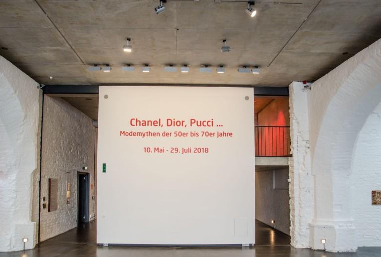 Chanel, Dior, Pucci-1-18